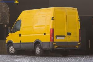Iveco Daily III to popularny na rynku wtórnym pojazd. Co ciekawe mniej niż połowa sprzedawanych na rynku wtórnym pojazdów to furgony. Więcej jest aut z zabudową skrzyniową, czy kontenerową.