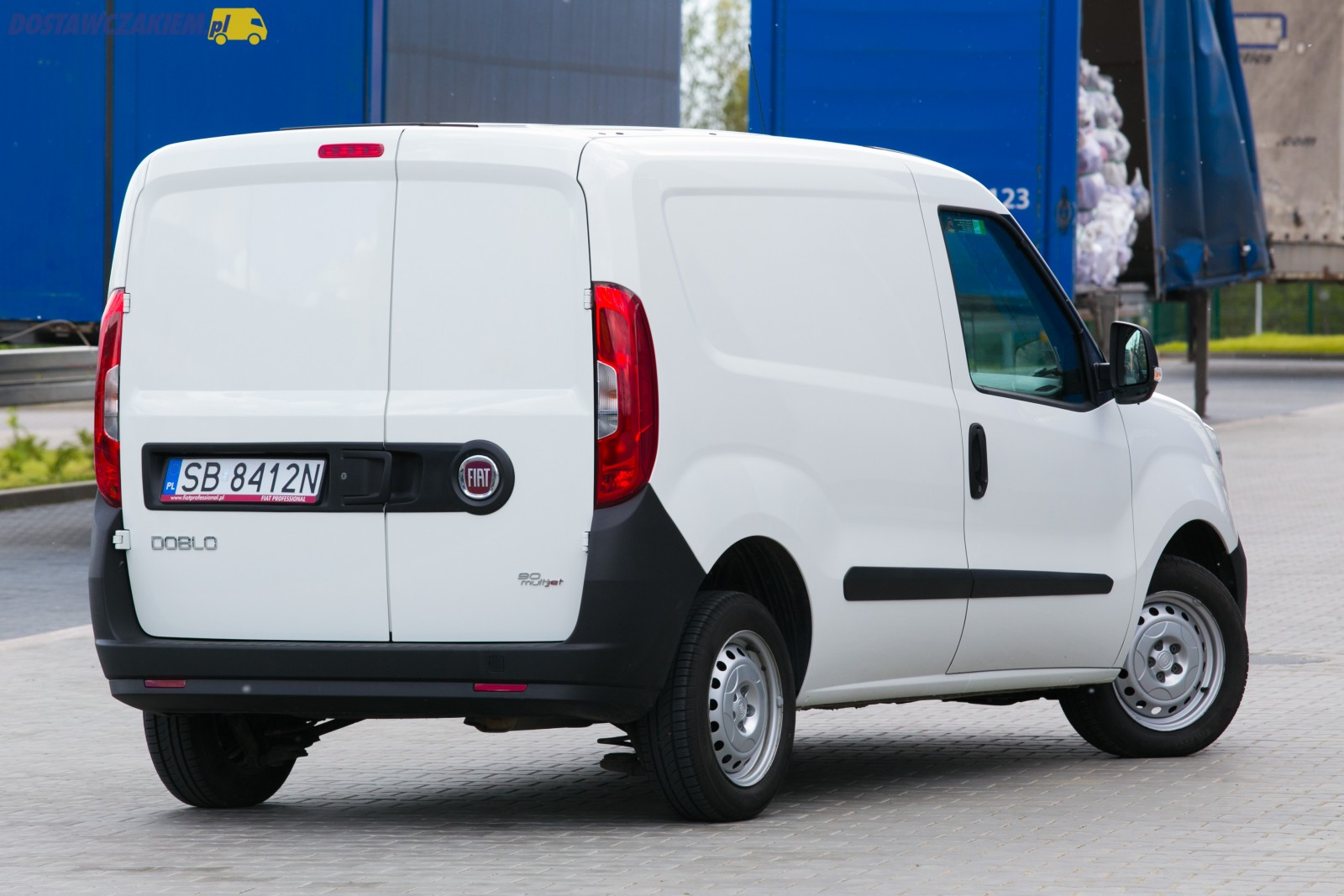 test fiat doblo cargo 1 3 multijet 90 km. Black Bedroom Furniture Sets. Home Design Ideas