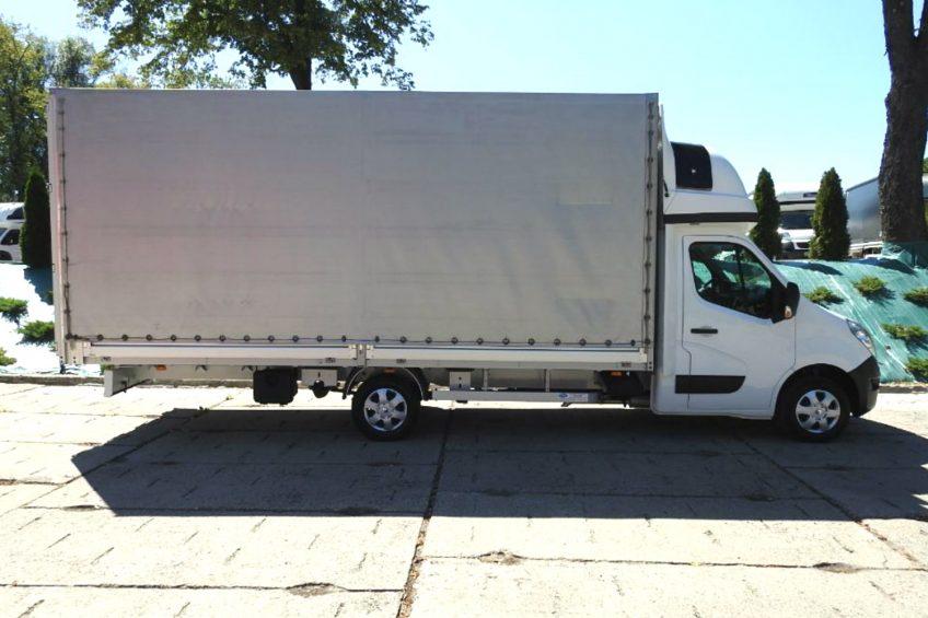 11-paletowe Renault Master – sama skrzynia ma długość 5,8 metra
