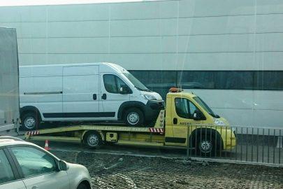 Dukat na Dukacie – furgon ledwo zmieścił się na zabudowie