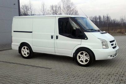 Ford Transit z silnikiem o mocy 250 KM do kupienia na Allegro