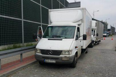 Kierowca Mercedesa Sprintera z gadżetem zamiast prawa jazdy
