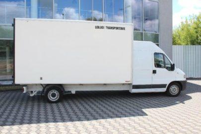 Był furgon a jest kontener – do kupienia jest nietypowy Peugeot Boxer
