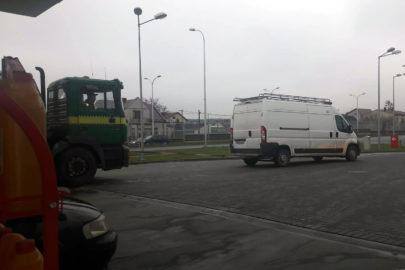 Peugeot Boxer wziął na hol ciężarówkę – zdjęcia od Roberta