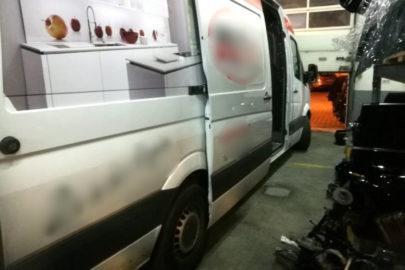 Skradzione w Niemczech busy rozkręcali na części w Poznaniu