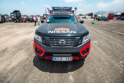 Niemal seryjny Nissan Navara na starcie Rajdu Dakar 2018