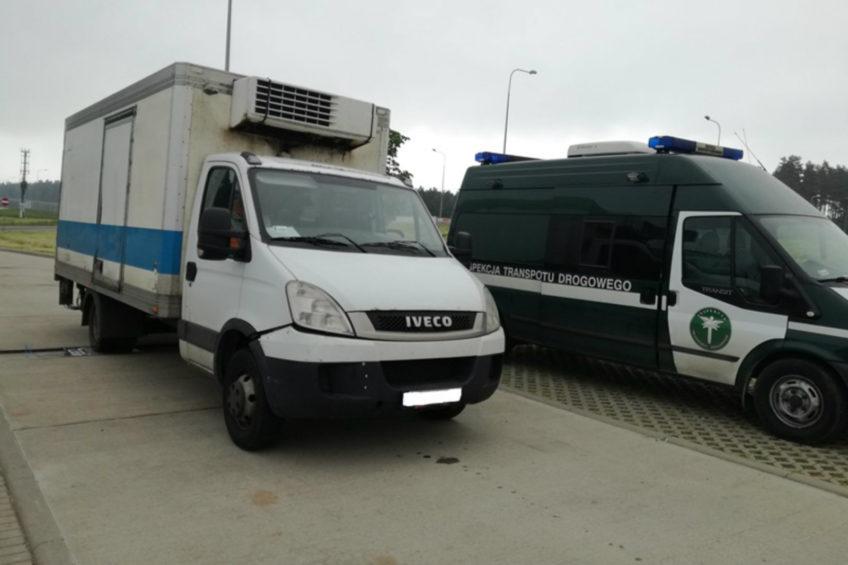 Ważące 8 ton Iveco Daily zatrzymano na drodze ekspresowej S3