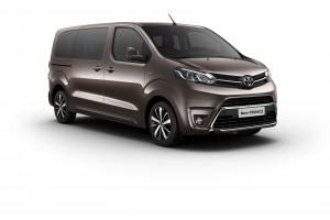 Toyota ProAce II generacji napędzana będzie m.in. 2-litorwym silnikiem Diesla.