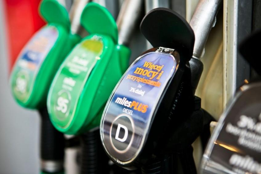 Ceny paliw: diesel stabilny, taniej Pb95 i LPG