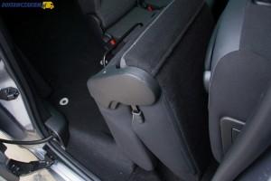 Topowy pakiet wyposażeniowy XTR zawiera m.in trzy oddzielne fotele w drugim rzędzie.