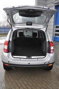 Dacia Duster Van na polskim rynku będzie mieć przeszklone tylne drzwi.