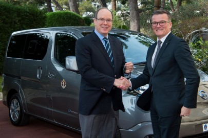 Dwa Nissany e-NV200 Evalia dla księcia Monako