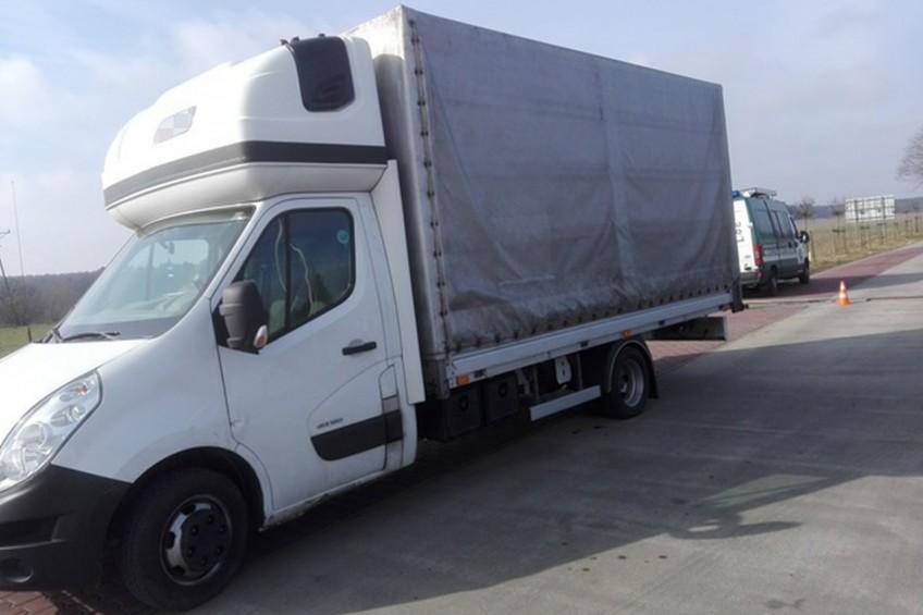 Renault Master zważone przez ITD. Wyszło 6,5 tony