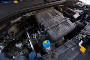 Benzynowy silnik o pojemności 1 242 ccm z 8-zaworową głowicą to sprawdzona i trwała konstrukcja.