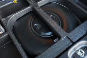 Fabrycznie Panda Van III wyposażona jest w zestaw naprawczy, więc pusta wnęka na koło zapasowe idealnie pasuje na zbiornik gazu.