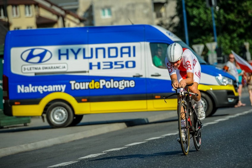 Hyundai H350 we flocie 73. Tour de Pologne