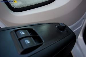 Test Peugeot Boxer 2.2 HDi 130 KM elektrycznie sterowane szyby i lusterka-4