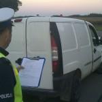 Kierowca Fiata Doblò bez prawa jazdy, ale z promilem alkoholu