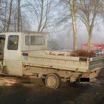 Mercedes Sprinter wjechał w drzewo – 5 osób trafiło do szpitala