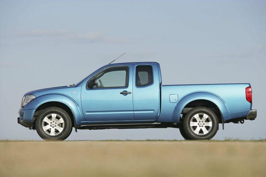 Nissan Navara do serwisów – problem z poduszkami powietrznymi