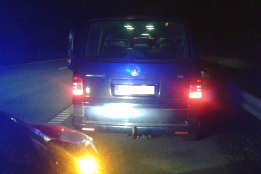 Narkotyki i sterydy w skradzionym Volkswagenie T5