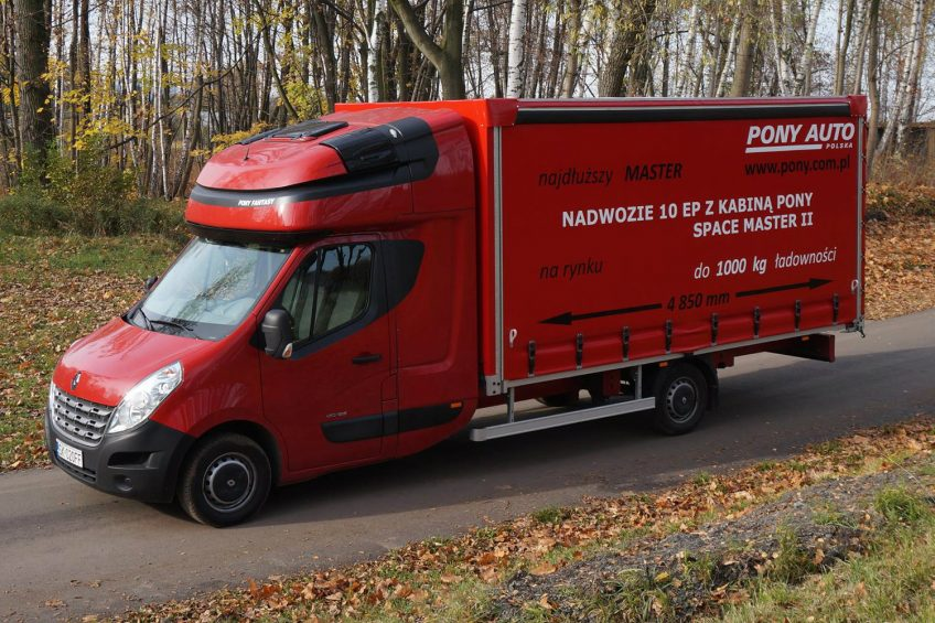 10-paletowe Renault Master z przedłużaną kabiną Pony Auto Polska