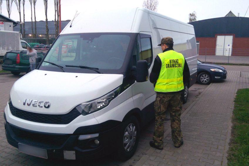 Skradzione w Niemczech Iveco Daily zatrzymano w Kołbaskowie