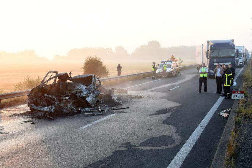 Uchodźcy ustawili blokadę. Zginął kierowca polskiego Renault Master