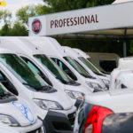 Wyposażenie opcjonalne w autach dostawczych – co wybierają Polacy?
