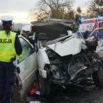 Tragiczny wypadek na DK 11 z udziałem VW T4 – nie żyją 2 osoby
