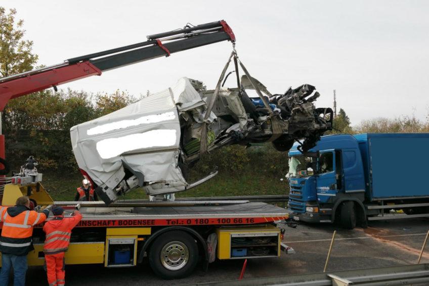 Wypadek polskiego Citroëna Jumpera na niemieckiej B31