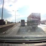 Wypadek 3 dostawczaków na DK nr 1 pod Pszczyną – WIDEO