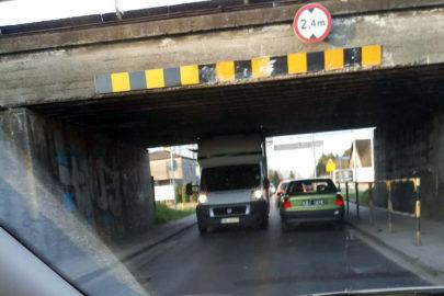 Wiadukt na Glinczańskiej w Tychach – tym razem poległ Fiat Ducato