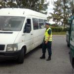 18 osób w 9-miejscowym VW LT – tak dzieci jechały na zawody