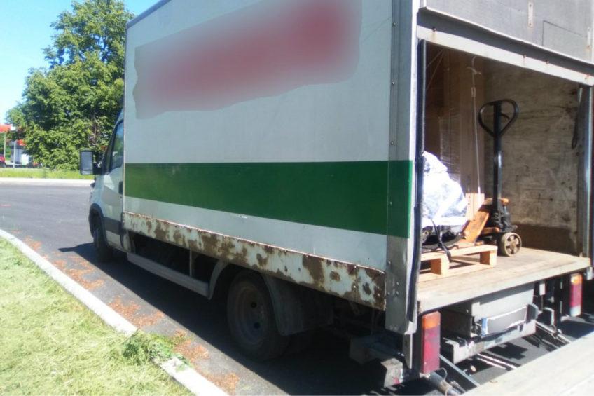 Kurierskie Iveco w fatalnym stanie – a do tego 1500 kg ponad DMC