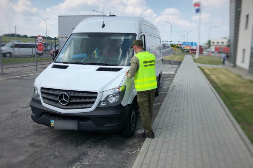 Skradziony Sprinter na skradzionych częściach zatrzymany w Medyce