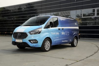 Ford Tourneo Custom kolarzy Team Sky na Tour de France 2018