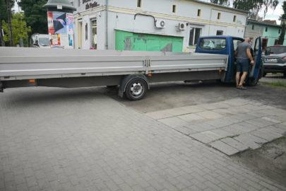 Volkswagen Transporter z bardzo długą skrzynią – zdjęcie od Darka