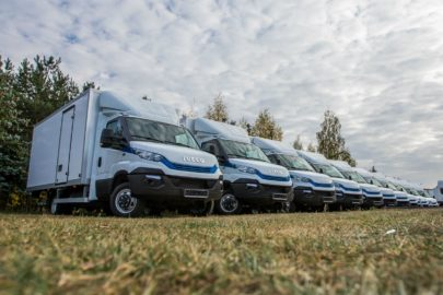 13 sztuk Iveco Daily zasilanych CNG dla Hollywood S.A.
