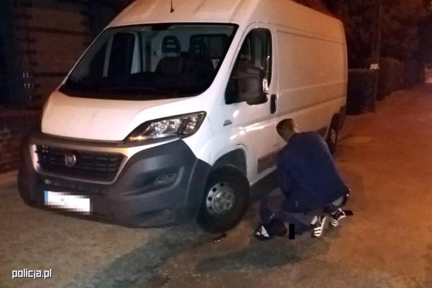 Kradli samochody dostawcze – wpadli na gorącym uczynku