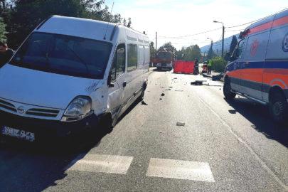 W Ustroniu motocykl wjechał w busa – motocyklista ciężko ranny