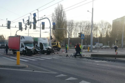 W Lublinie Ducato wjechało w Jumpera – dwie osoby w szpitalu