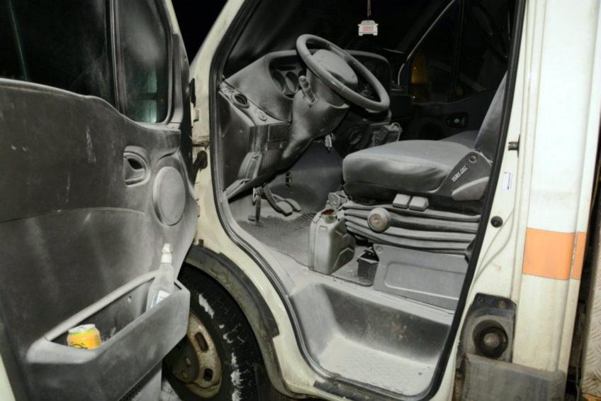 Podpalił kanister z benzyną w kabinie Iveco Daily – grozi mu 10 lat