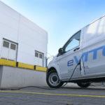 Mercedes-Benz eVito testowany na Lotnisku Chopina w Warszawie