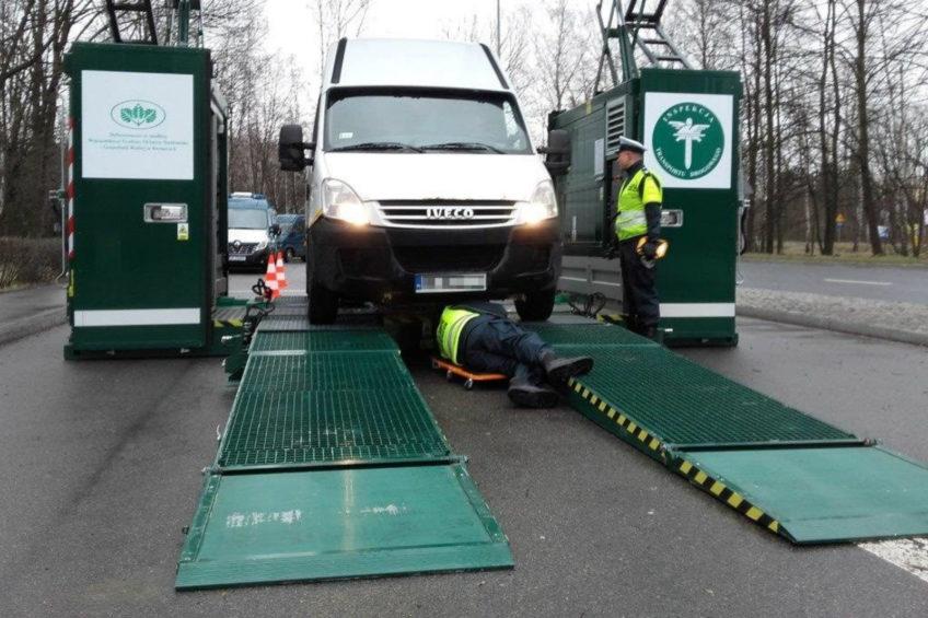Mobilna stacja ITD w Jaworznie – 56 procent busów straciło dowód