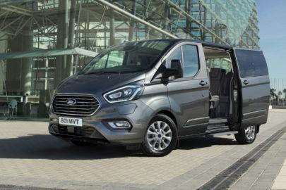 Hybrydowy Ford Tourneo Custom 1.0 EcoBoost – premiera w 2019 roku