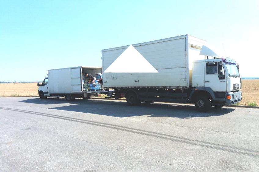 Bus ledwo co jechał – na przeładunek wysłano 14-tonową solówkę