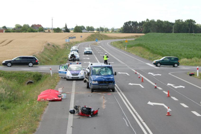 Wypadek z udziałem autolawety i skutera – nie żyją dwie osoby