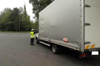 W Łodzi wpadł pijany kierowca Iveco Daily – miał ponad promil