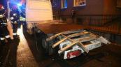 W Opolu Mercedes Sprinter nie zmieścił się pod wiaduktem